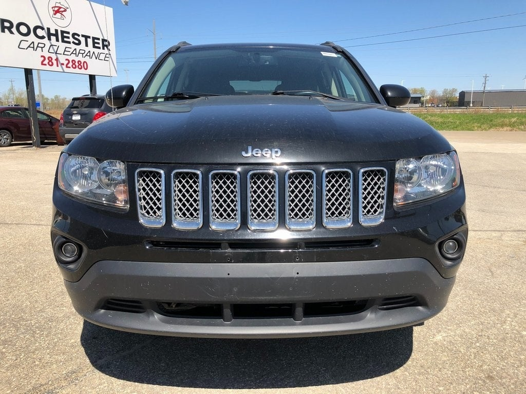 Used 2017 Jeep Compass Latitude with VIN 1C4NJCEA4HD151370 for sale in Rochester, Minnesota